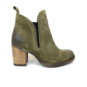 Bos. & Co.- Belfield, Boots, BOS&CO, Plum Bottom