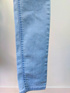Jeans taille haute 2 boutons