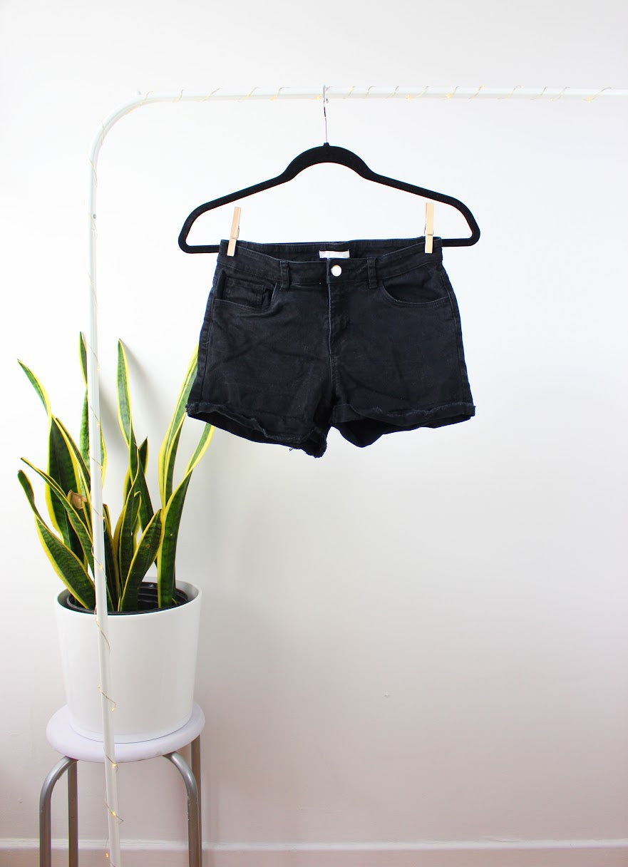 Short basic noir jeans