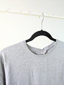 T-shirt gris facile et basic