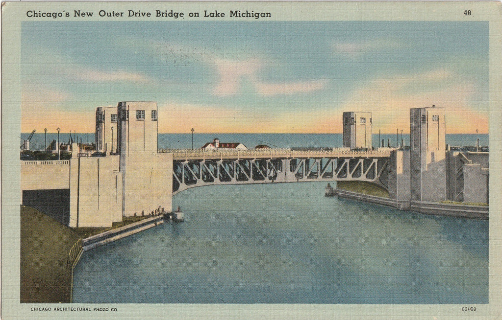Chicago's New Outer Drive Bridge, Lake Michigan Postcard