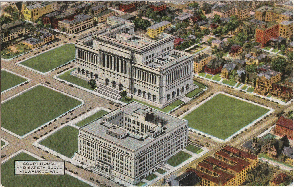 Court House and Safety Building Milwaukee WI Postcard