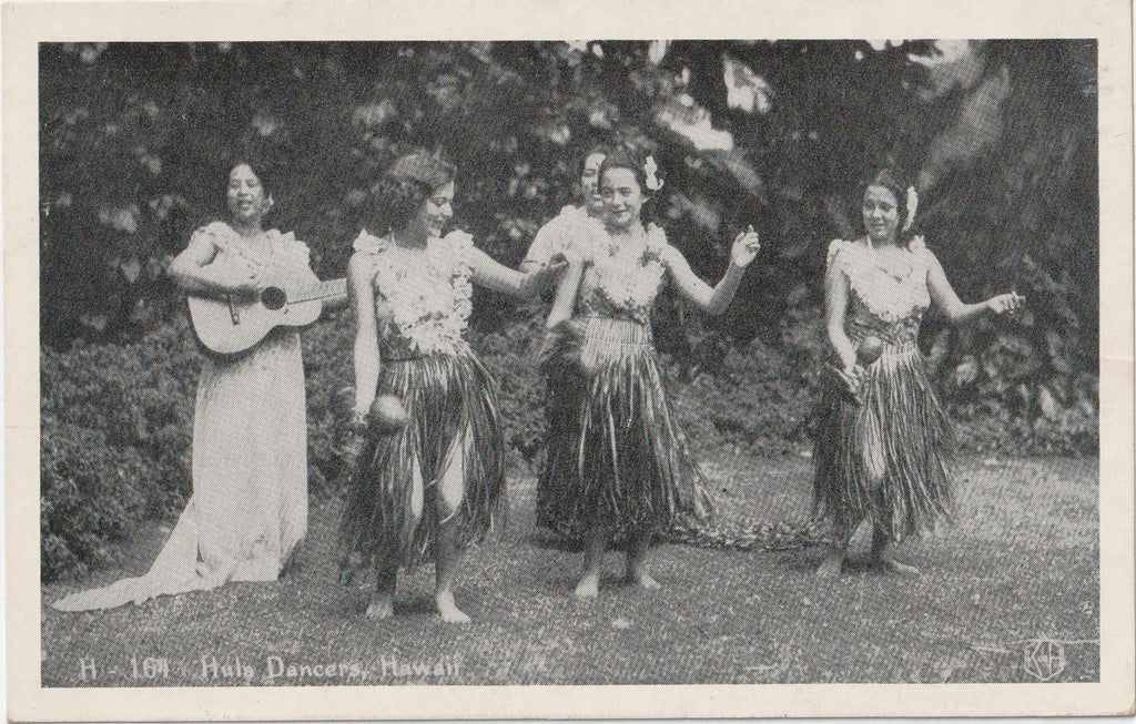 Hula Dancers, Hawaii - Postcard, c. 1940s