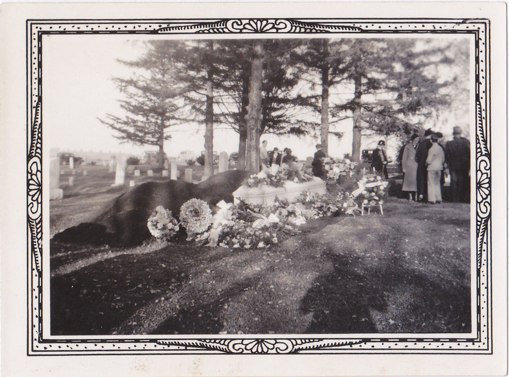 Casket Before Burial- 1920s Antique Photograph- Funeral Flowers- Cemetery Mourners- Graveyard- Fresh Grave- Found Photo- Snapshot