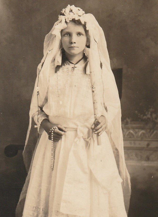 Mary Dasedel Holy Communion RPPC Close Up 2