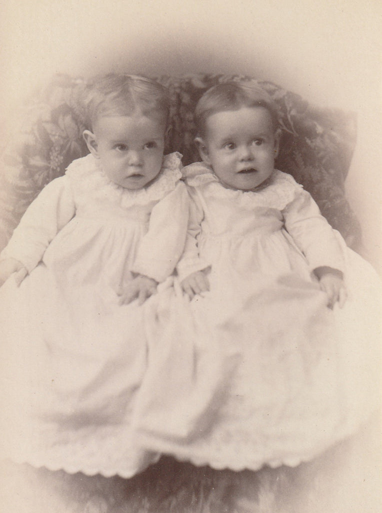 Mary and Faye Barclay Twins Barclay Iowa Cabinet Photo Close Up