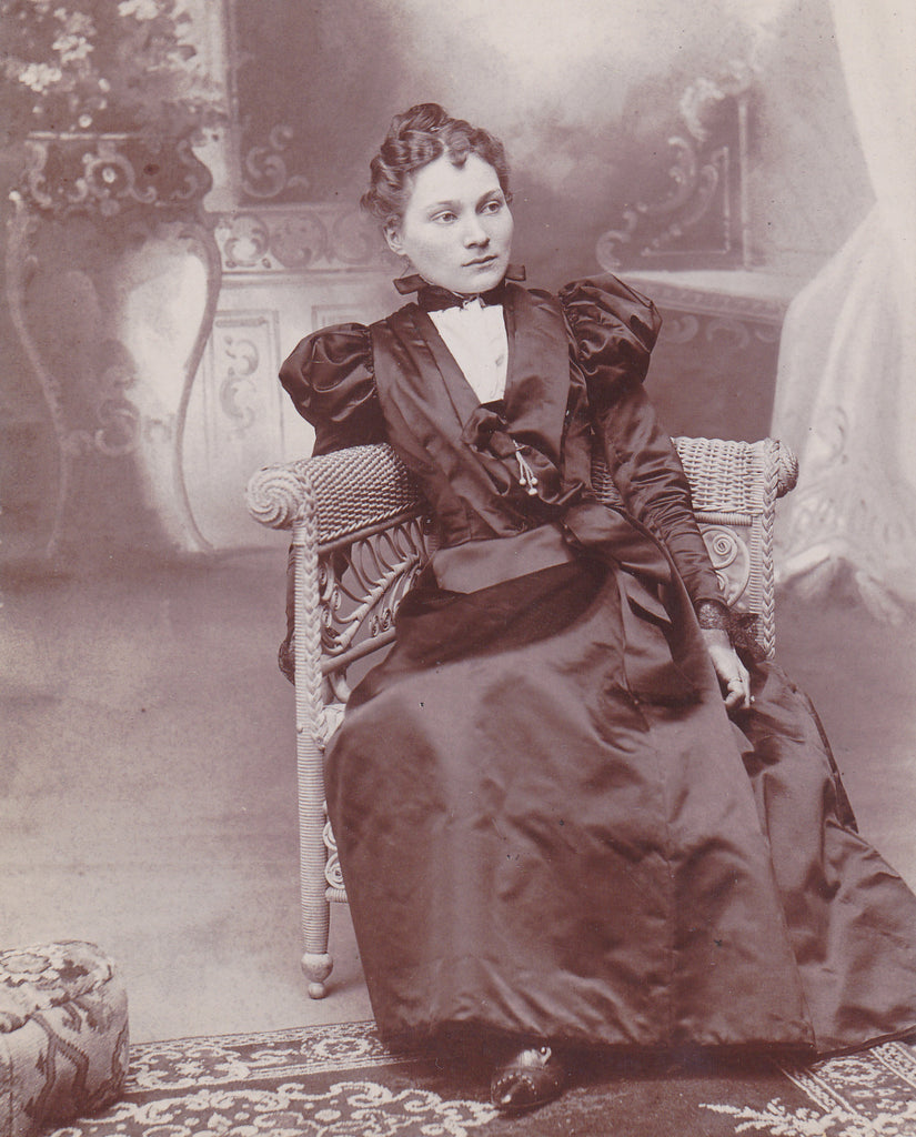 Beautiful Victorian Woman Corning NY Close Up