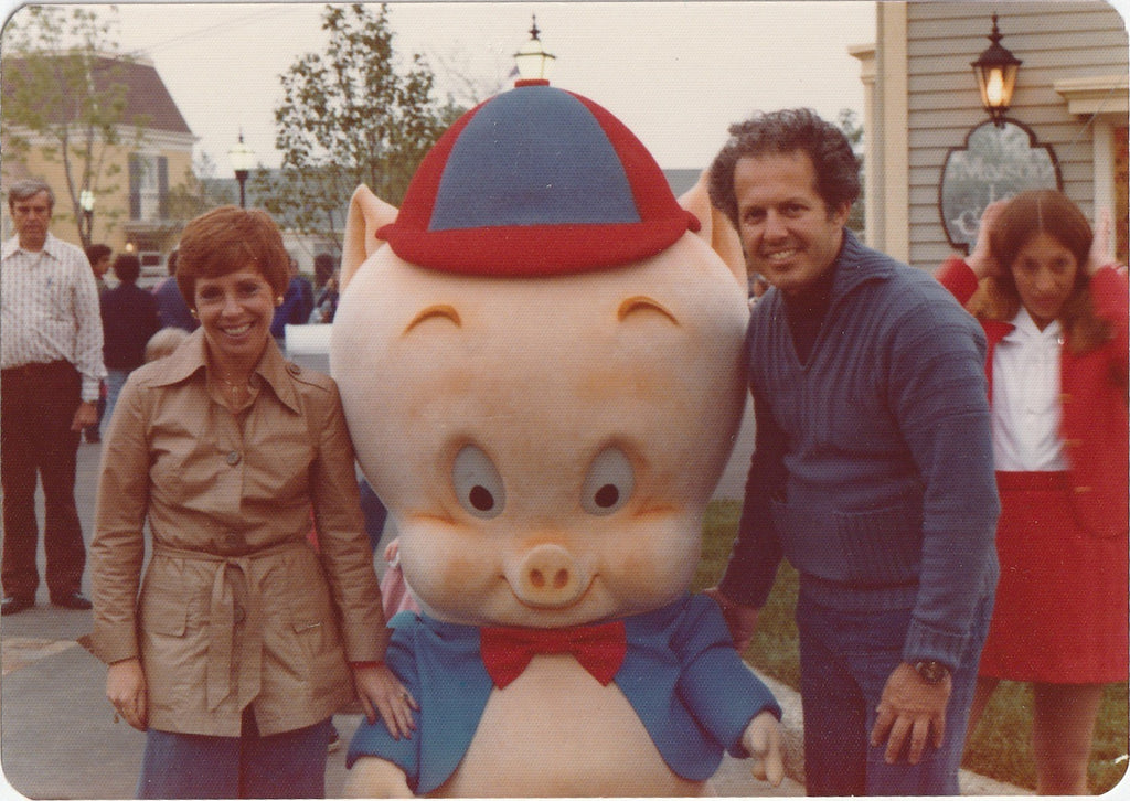 Porky Pig Mascot Marriot's Great America Vintage Photo