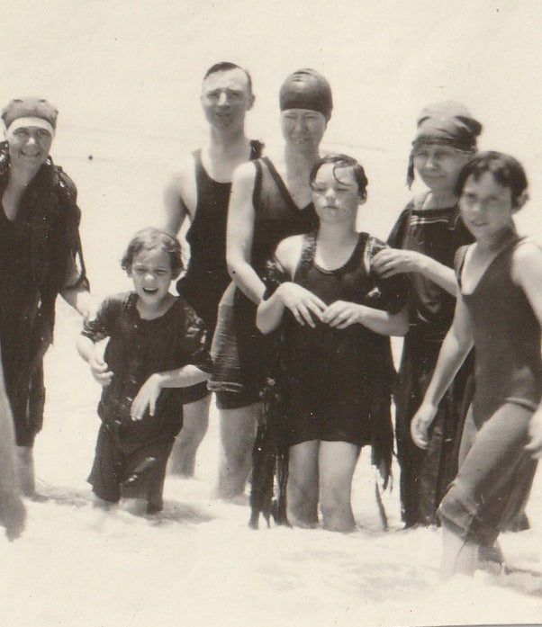 Swimsuits and Seaweed 1920s Vintage Photo Close Up 4