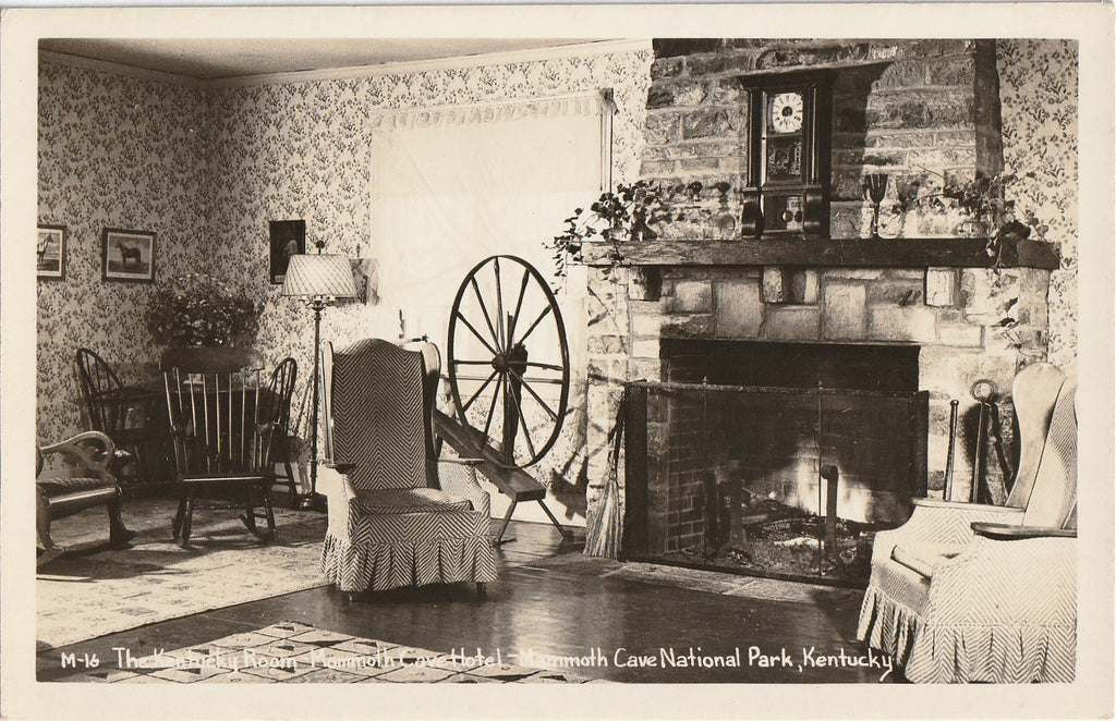 The Kentucky Room - Mammoth Cave Hotel, Kentucky - RPPC, c. 1940s