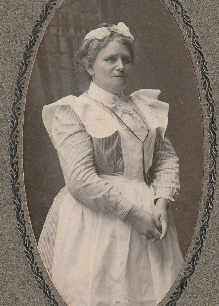 Victorian Nurse Franklin PA Antique Cabinet Photo Close Up 2