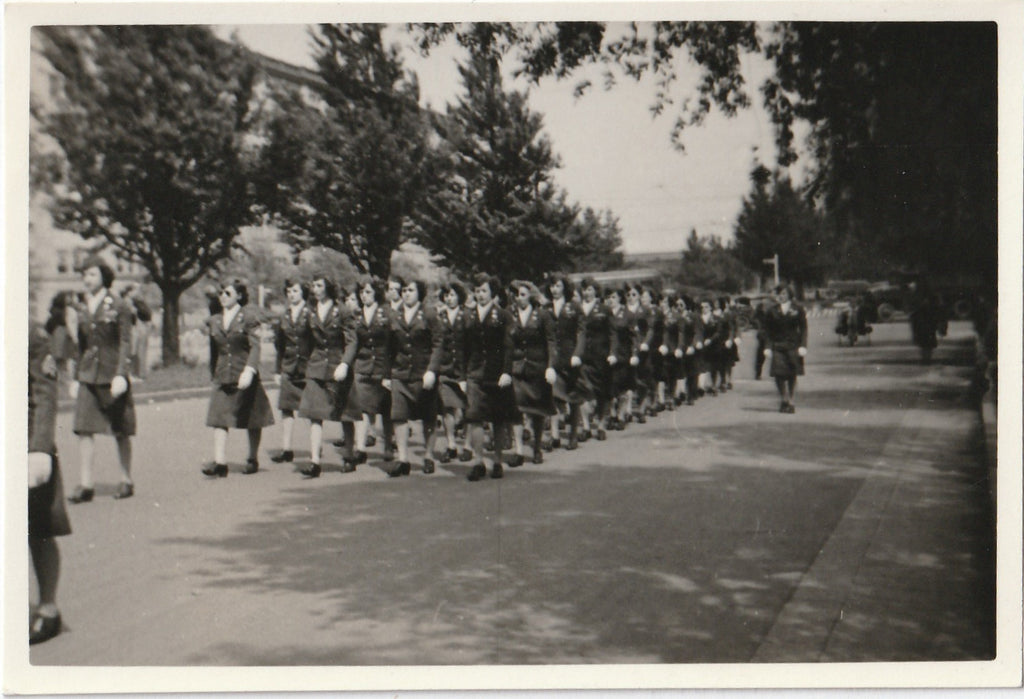 Women's Army Corps Parade WW2 WAC Vintage Photo 1 of 3
