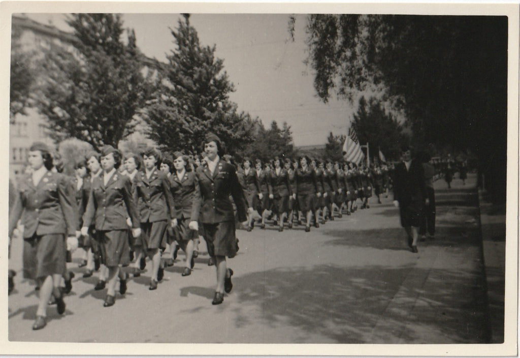 Women's Army Corps Parade WW2 WAC Vintage Photo 2 of 3