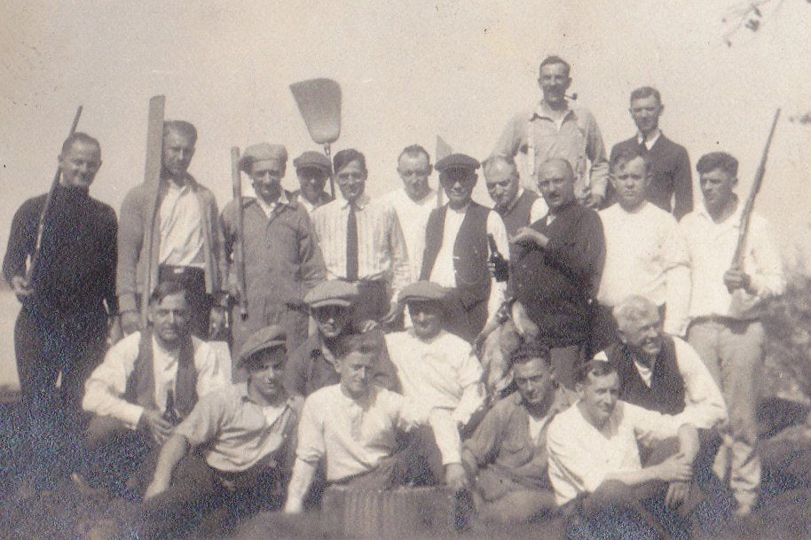 Rabbit Hunting Party- 1920s Antique Photograph- Roaring 20s Hunters- Found Photo- Flat Caps- Guns and Beer