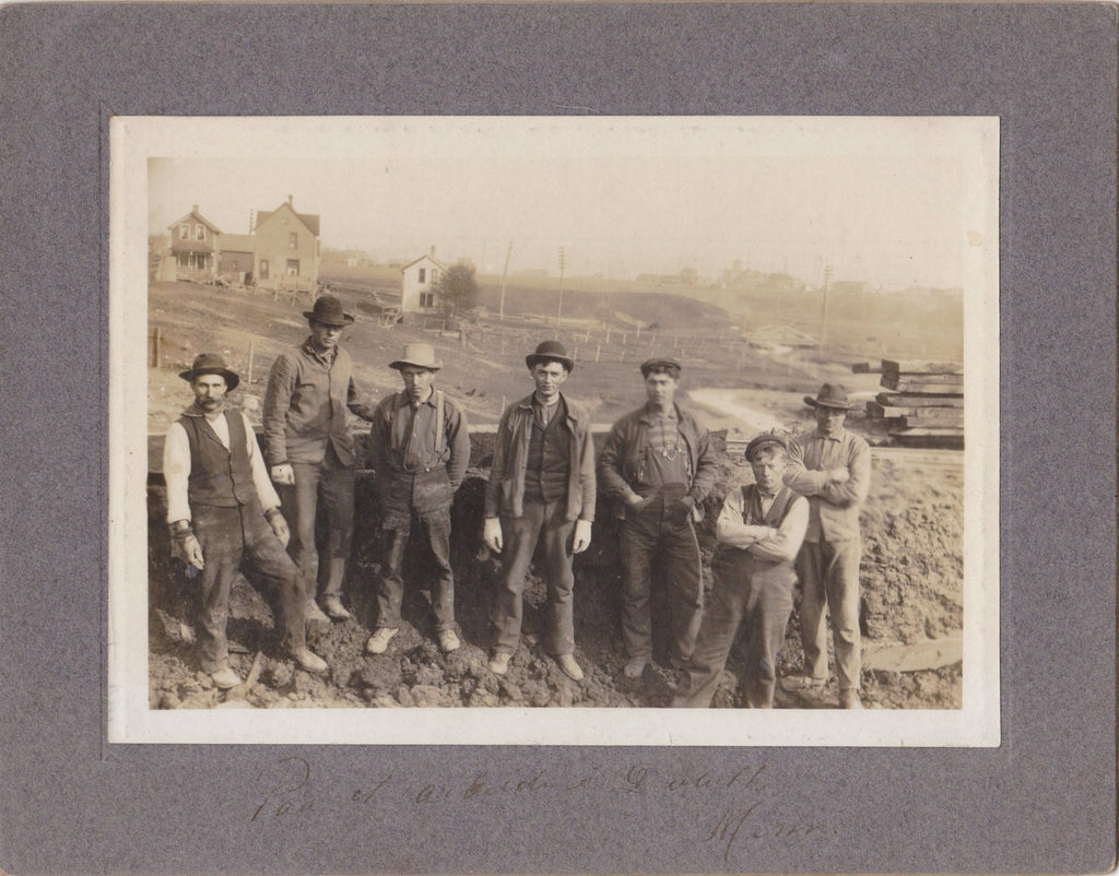 Duluth Roustabouts- 1910s Antique Photograph- Edwardian Laborers- Duluth, Minnesota- Cabinet Photo- Vernacular- Occupational- Paper Ephemera