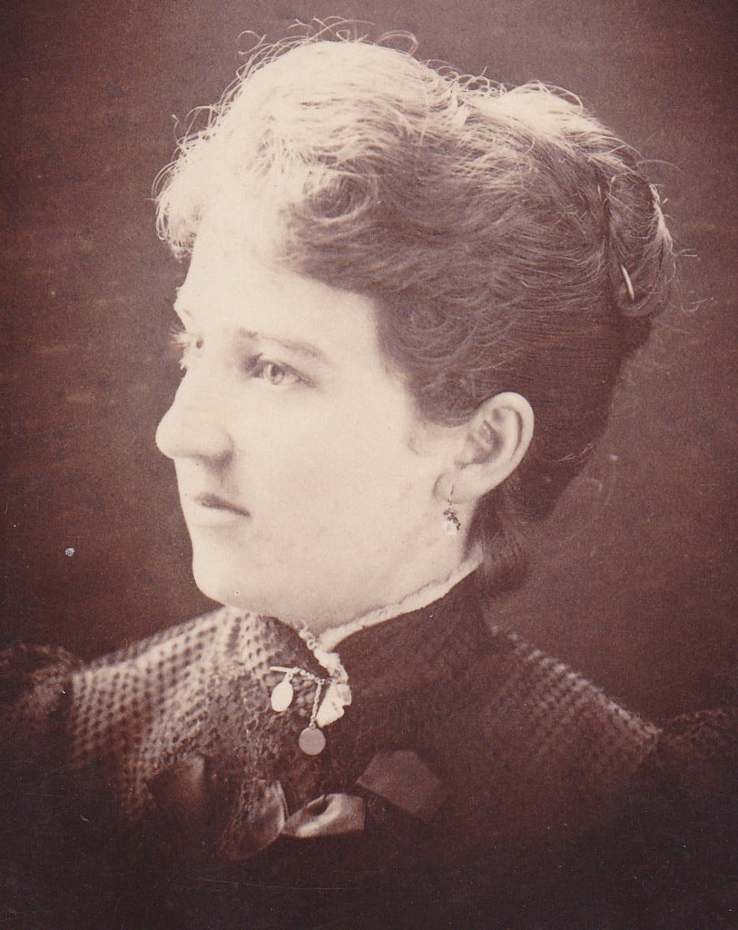 Natural Sunlight- 1800s Antique Photograph- Profile Portrait- Victorian Woman- Galion, Ohio- J H McIntire- Cabinet Photo- Paper Ephemera