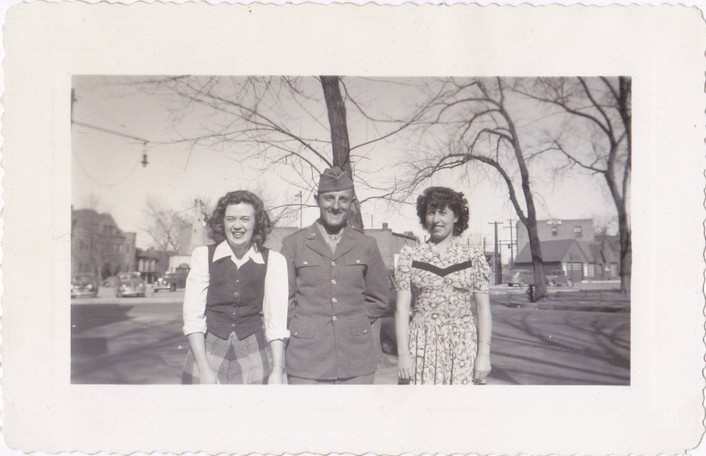 Soldier Pal- Old Photo- 1940s Vintage Photograph- Girls Flirting with Military Man- City Park- Friends Snapshot- WW2