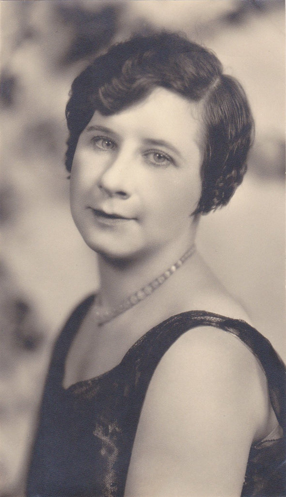 Smiling Eyes- 1930s Vintage Photograph- Beautiful Woman- Bobbed Hair- Studio Portrait