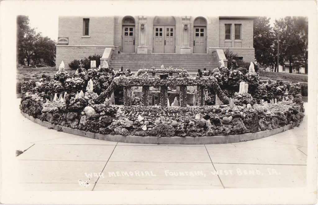 War Memorial Fountain- West Bend, Iowa- 1920s Antique Photograph- Real Photo Postcard- Souvenir View- EKKP RPPC