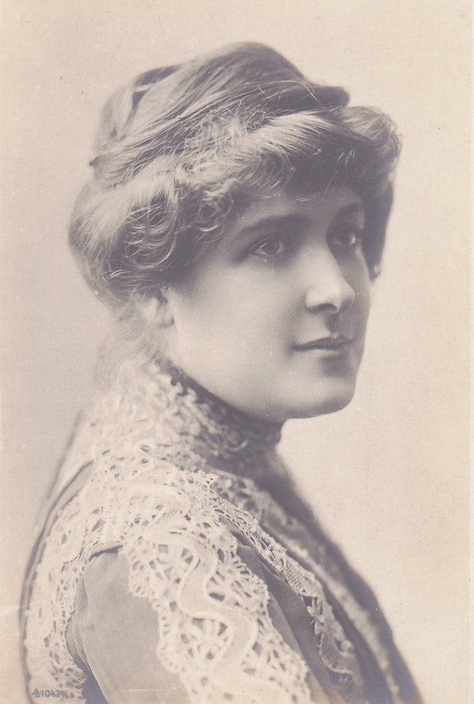 Miss Marie Studholme- 1900s Antique Photograph- Edwardian Actress Portrait- Beautiful Woman- Real Photo Postcard- RPPC
