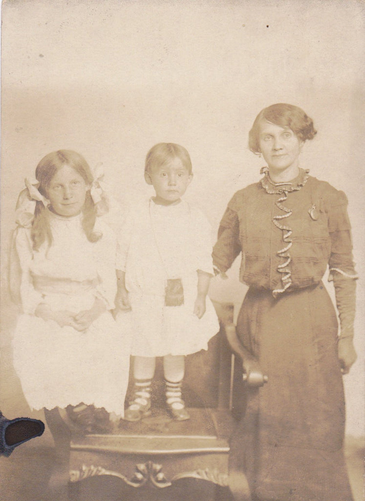 Mother and Children- 1910s Antique Photograph- Edwardian Family- Little Girl- Pigtails and Bows- Real Photo Postcard- Artura RPPC