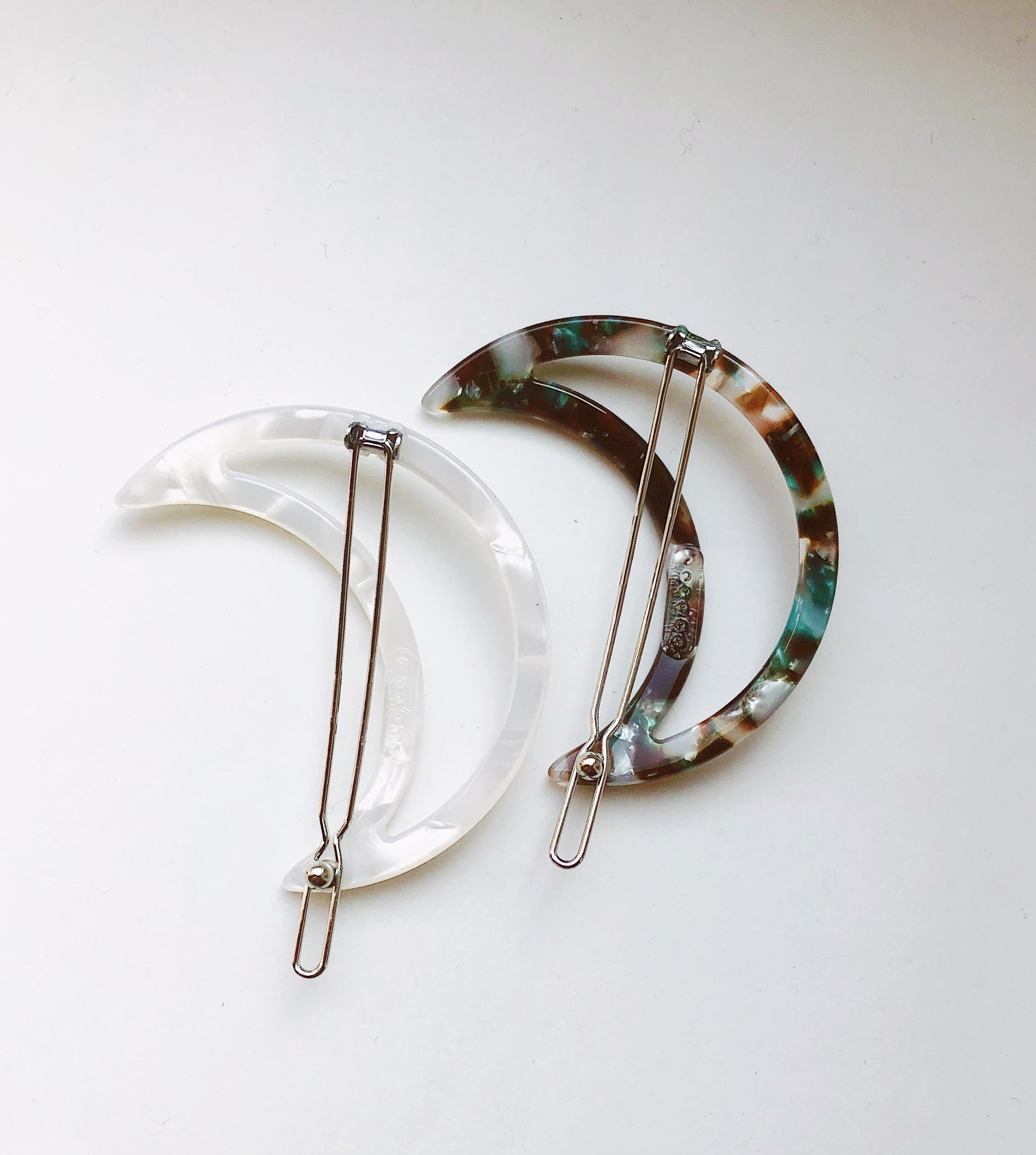 Luna clip in Marbled Camo & Ivory