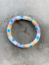 Indlæs billede til gallerivisning YES IS MORE BRACELET
