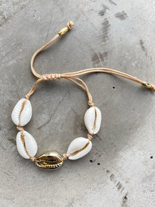 SEASHELL #1 GOLD BRACELET