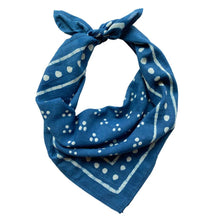 Load image into Gallery viewer, Baya Bandana in Indigo