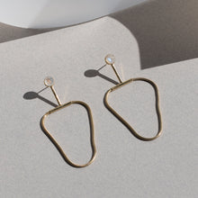 Load image into Gallery viewer, Arlo Earrings