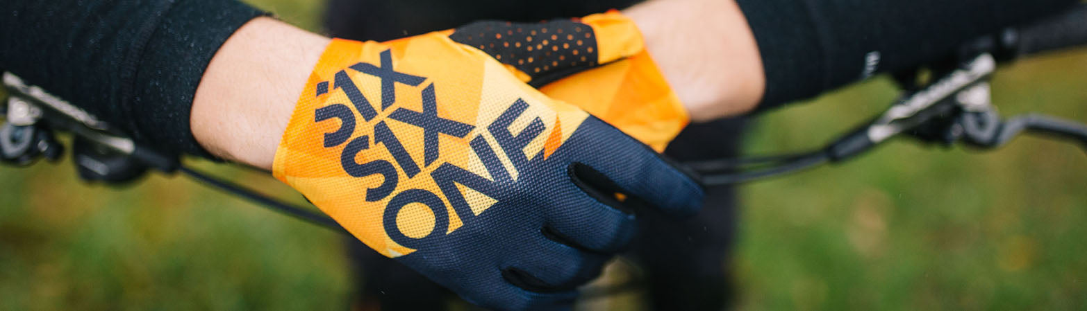 RAJI GLOVES