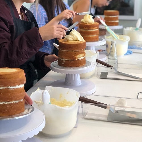 Cake Decorating - Naked Cake