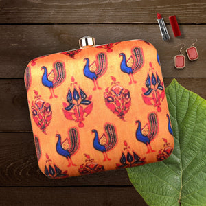 Exquisite Printed Clutch
