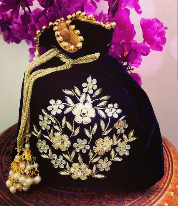 Lovely Potli Bag To Team Up With Your Indian and Indo Western Outfits