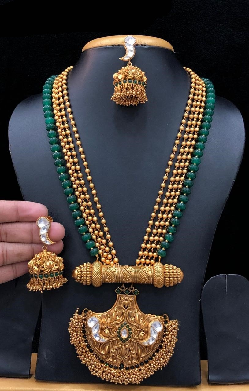 Kundan And Kemp Stone Designed Gold Matte Finish Necklace