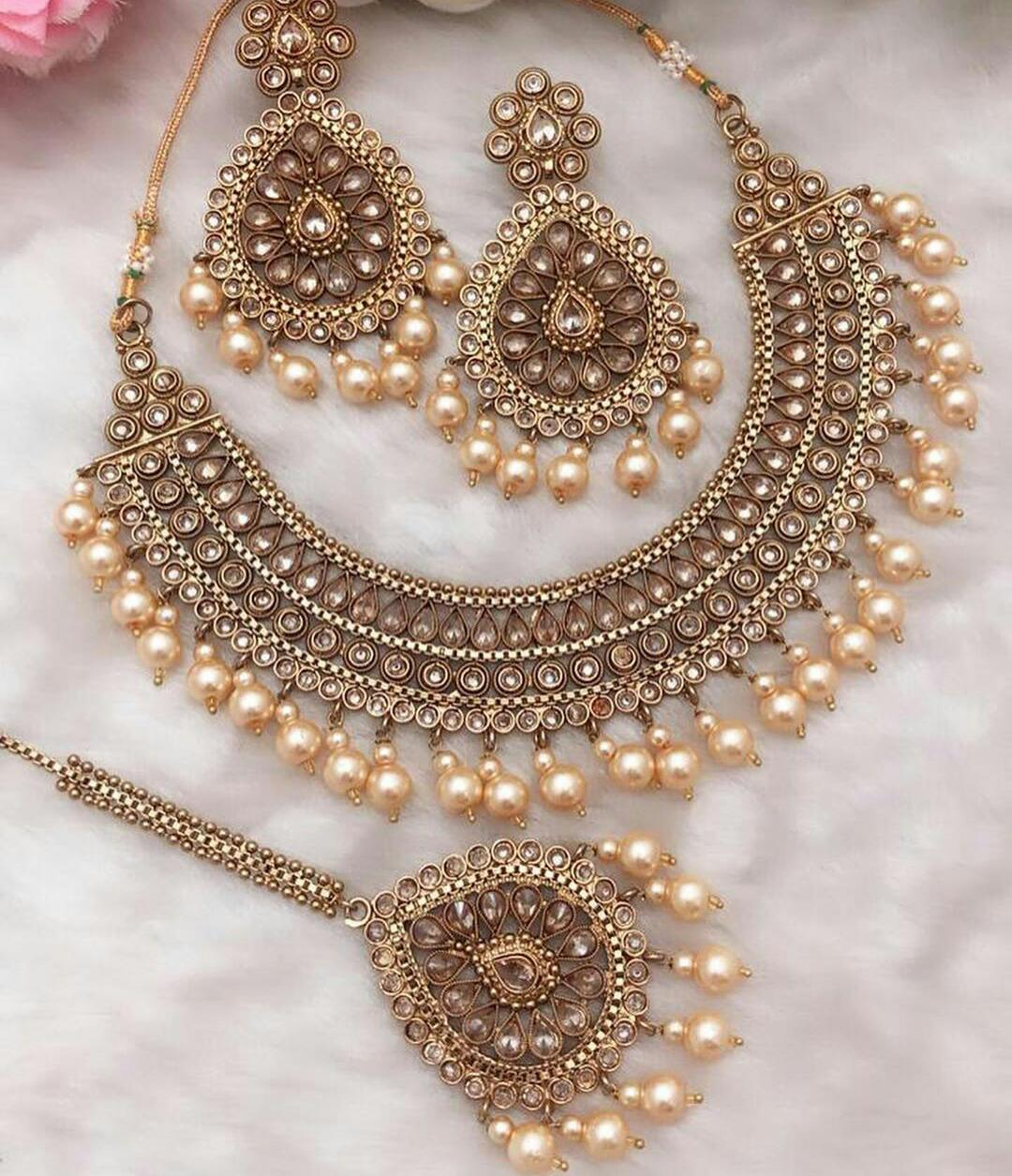 Kundan And Beads Semi Bridal Necklace