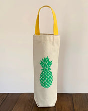 Load image into Gallery viewer, Green Pineapple Wine Gift Bag