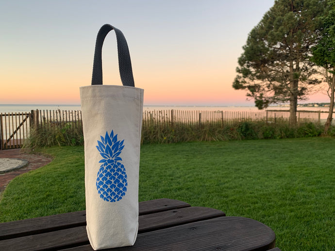 Blue Pineapple Wine Gift Bag