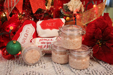 Load image into Gallery viewer, Christmas Spice Bath Salts