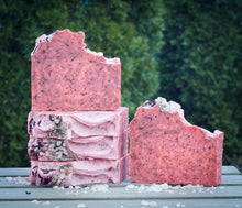 Load image into Gallery viewer, Hibiscus & Green Tea Soap
