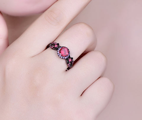 Black Daisy Black Gold Fashion/Engagement Ring
