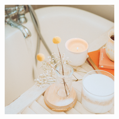 How to have an amazing bath on self-care sunday with essential oils
