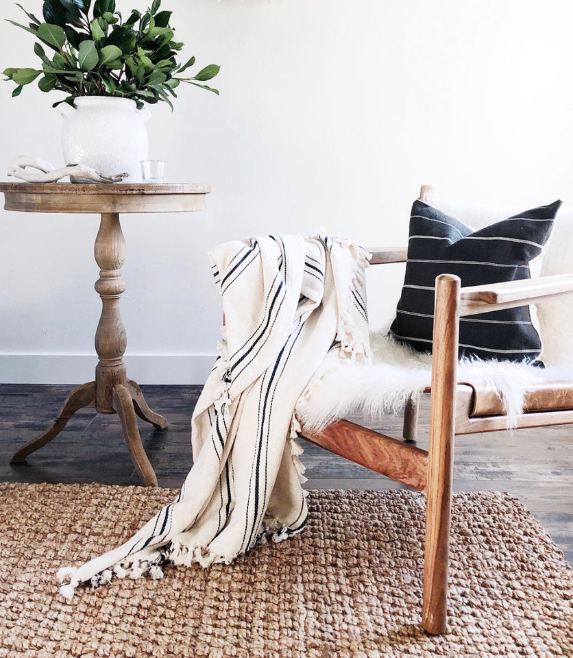 cozy blankets and throws perfect for cooler nights