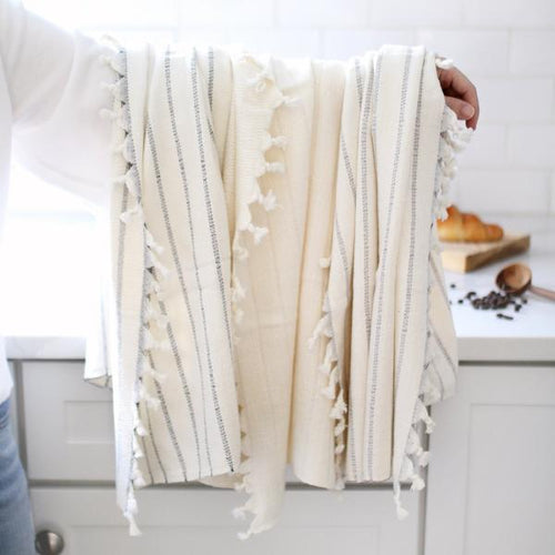 bamboo hand towel available in three colors gray., cream and black