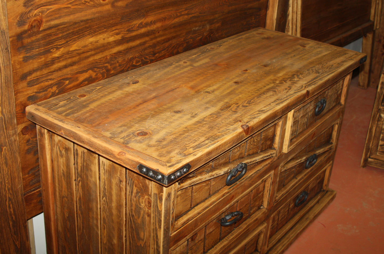 Hacienda Horizontal Dresser 6 Drawers