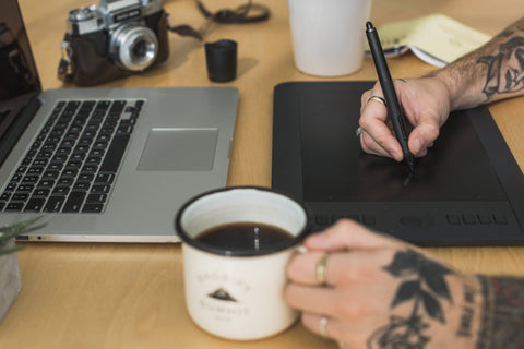 Becoming a Full-Time Freelance Designer: What You Need to Know