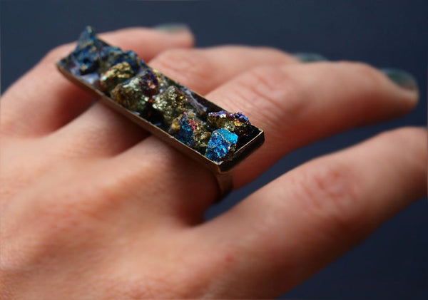 Peacock Ore Two Finger Ring