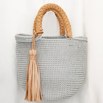 Crocheted woven bag - Misty Gray with Natural Leather Handles