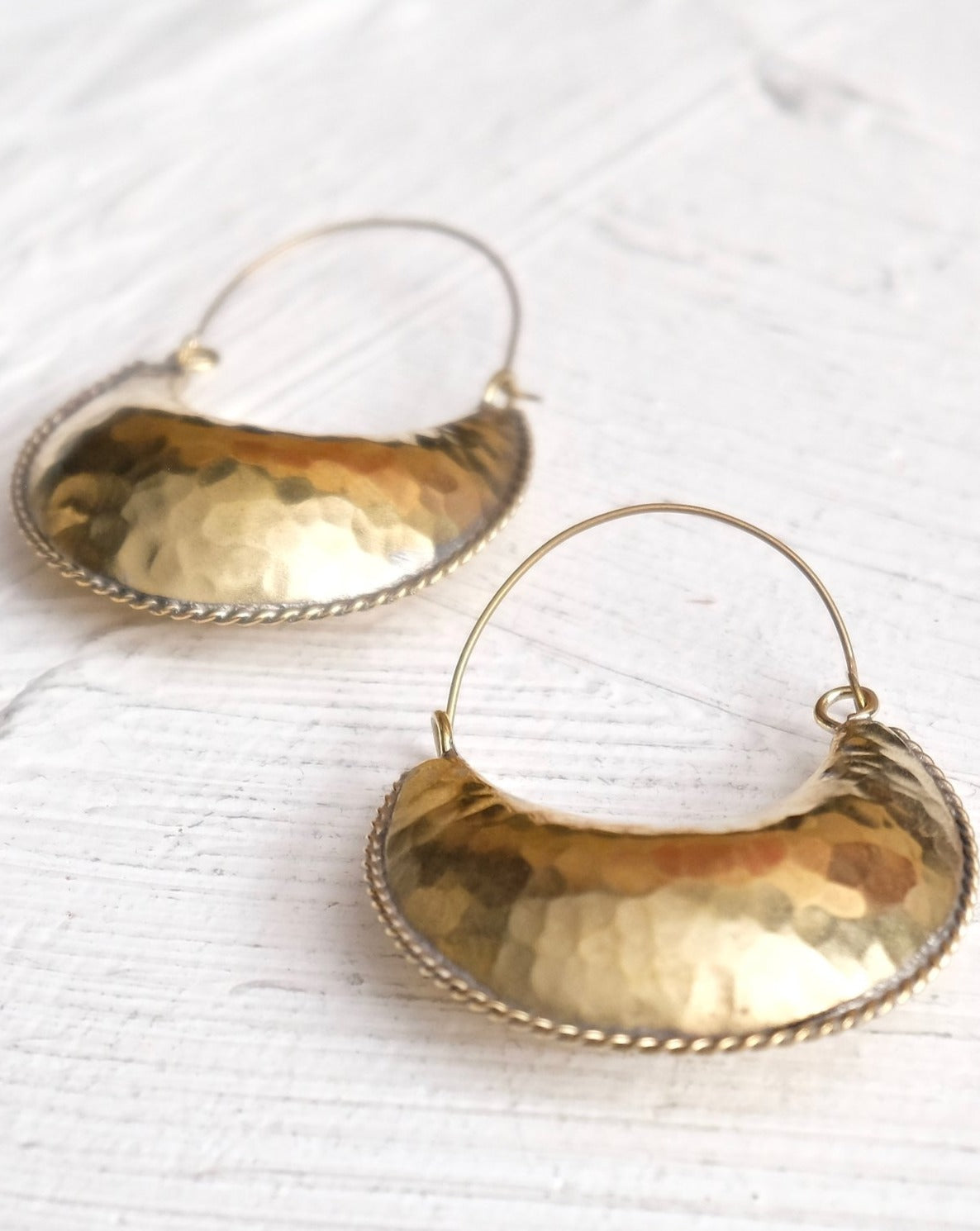 Kamah Crescent Earrings