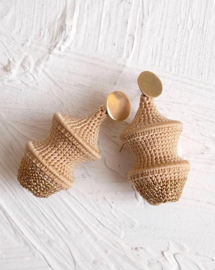 Short Joosh Earring - Beige and Bronze